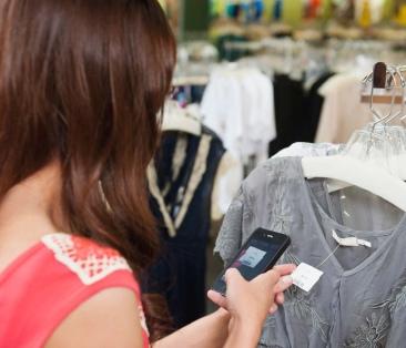 Bazaarvoice_WP_Top5_Consumer-Driven_Trends_Retail-1