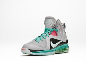 lebron-9-south-beach-nike-shoes-1-600x428