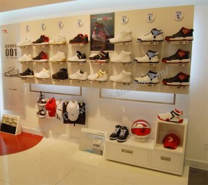 shoe_rack_retail